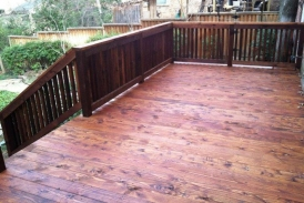 Cedar Deck with Handrail(2)