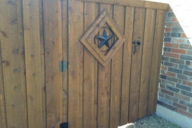 6' Cedar Gate with TX Star